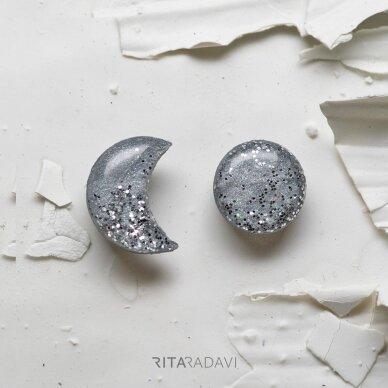 Auskarai mėnuliukai iš polimerinio molio