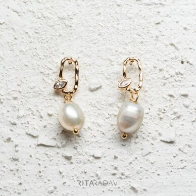 Auskarai su perlais ir cirkoniu